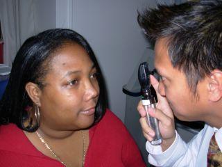 Badanie dna oka – wziernikowanie bezpośrednie