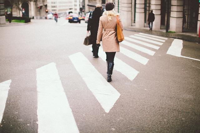 spacerem do pracy