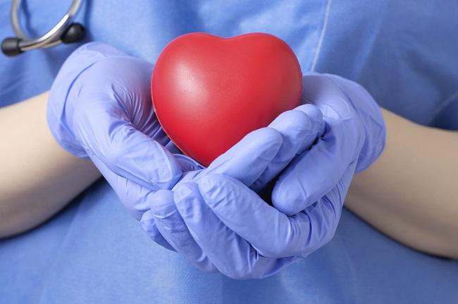 donor, przeszczep, transplantacja, serce, lekarz, chirurg