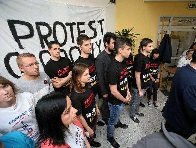 Strajk Nauczycieli A Protest Lekarzy