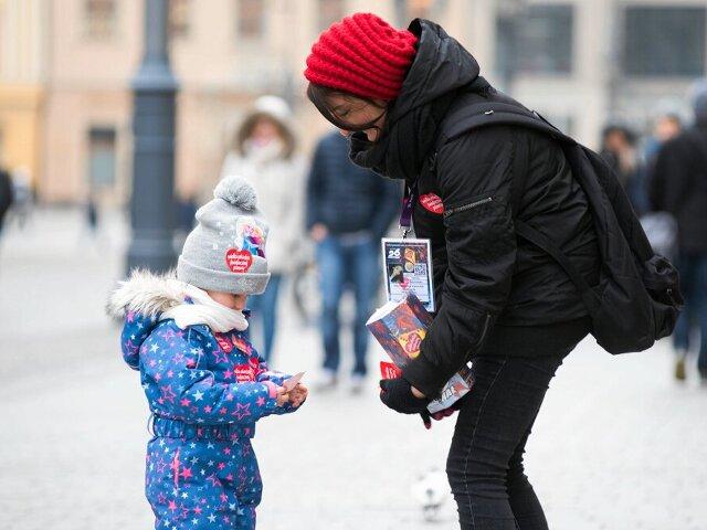 WOŚP zagrała dla noworodków iidzie po kolejny rekord