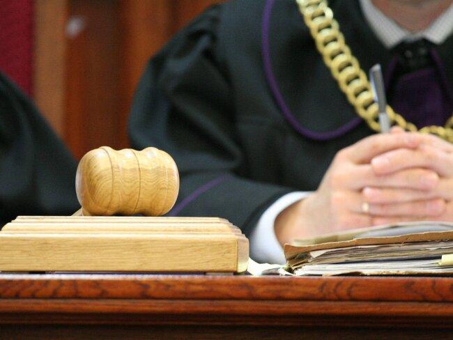Lekarze aniezawisłe sądy