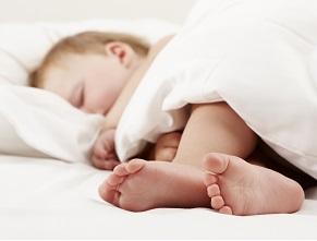 Чи одноразове вживання дитиною великої кількості вітаміну D може спричинити симптоми отруєння?