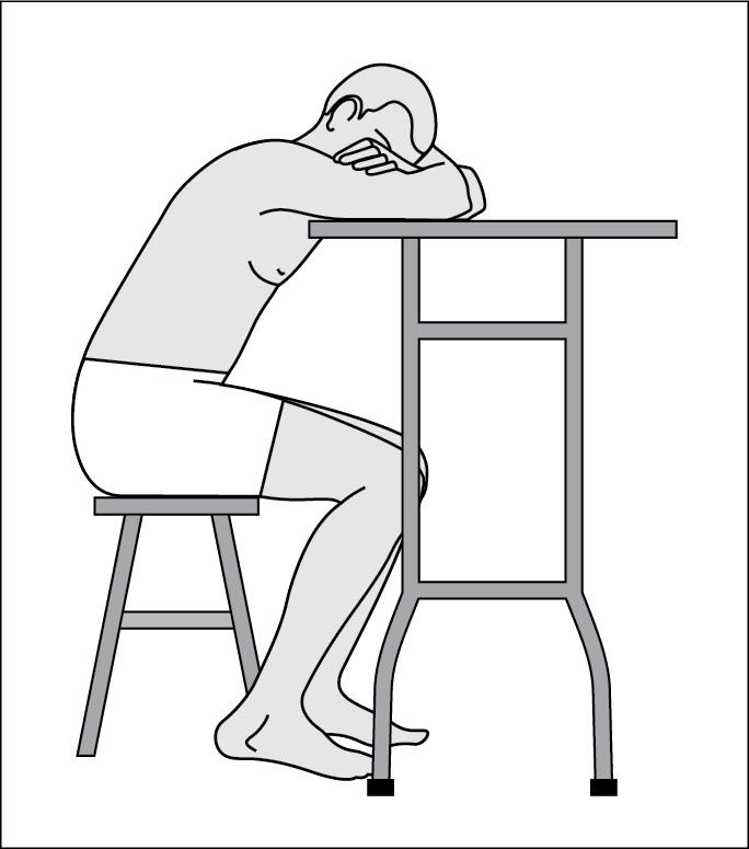 Положення пацієнта під час забору рідини зплевральної порожнини
