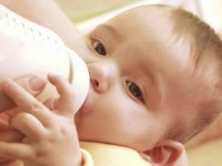 Skuteczność zagęszczania mleka uniemowląt zrefluksem żołądkowo-przełykowym – metaanaliza