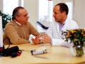 """Gdy diagnoza brzmi: nowotwór. """"Lekarz ma obowiązek nietraumatycznie poinformować otym chorego."""""""