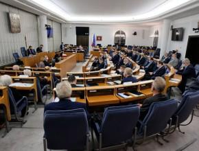 Senat zmienił ustawę opłacach minimalnych