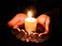 20 maja - Dzień Pamięci oZmarłych na AIDS