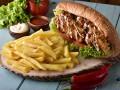 Żywność typu <i>fast food</i> może zmniejszać płodność kobiet